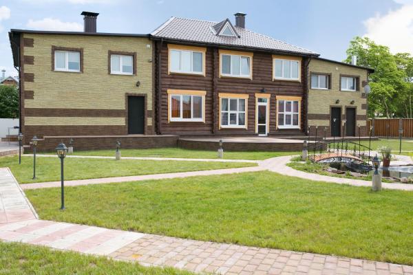 Hotel Pictures: Cottage on Zelenougorskoy, Vitebsk