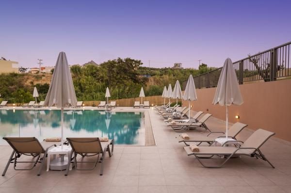 Superior Double or Twin Room with Swimming Pool Access