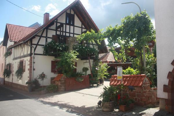 Hotelbilleder: Ferienwohnung Familie Westermann, Kapellen-Drusweiler
