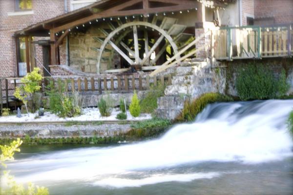 Hotel Pictures: Logis Moulin Des Forges, Saint-Omer-en-Chaussée