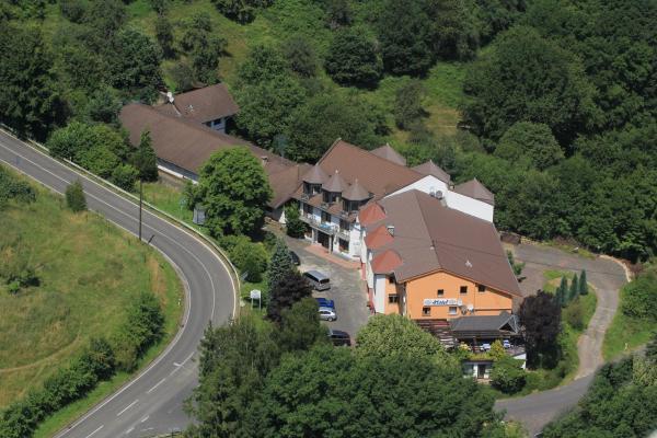 Hotel Pictures: Hotel Zur Engelsburg, Hausen-Wied