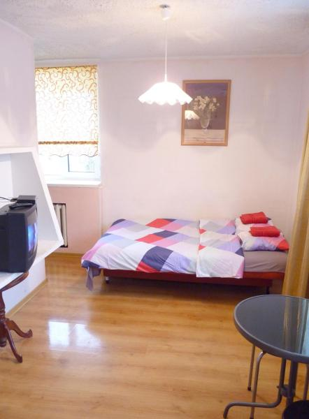 Hotel Pictures: Sakala 1 Apartment, Kohtla-Järve