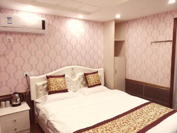 Double Room 104