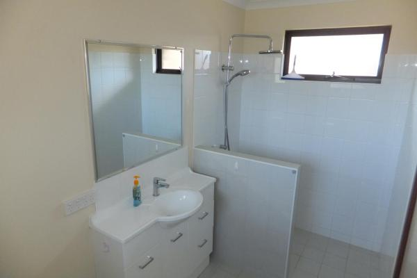 酒店图片: Ocean Beach Chalet 16, Jurien Bay