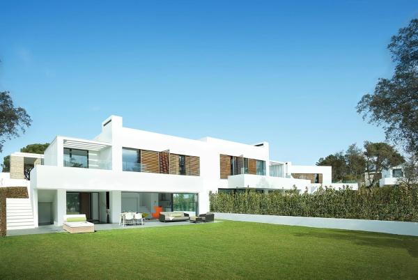 Hotel Pictures: Luxury 5 bed villa at PGA Catalunya Resort, Caldes de Malavella