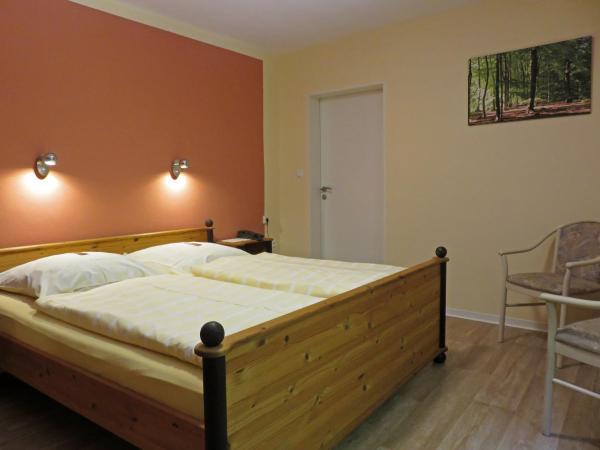 Hotelbilleder: Land-gut-Hotel Waldesruh, Altenmedingen