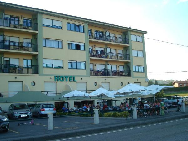 Hotel Pictures: Hotel Brisamar, Bañugues