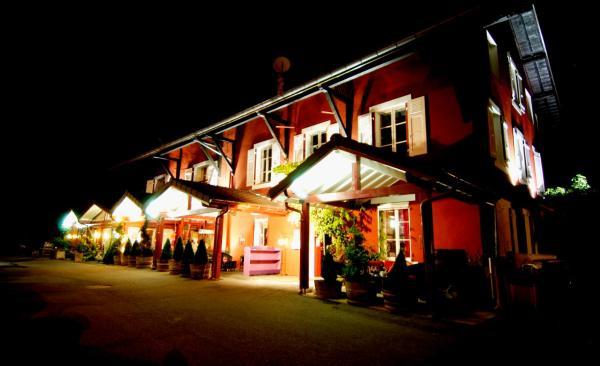 Hotel Pictures: L'Auberge De Maison Rouge, Vétraz-Monthoux