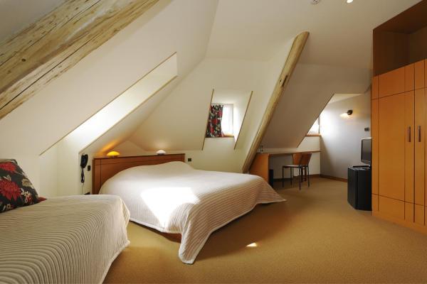Hotel Pictures: Zinck Hôtel, Andlau-au-Val
