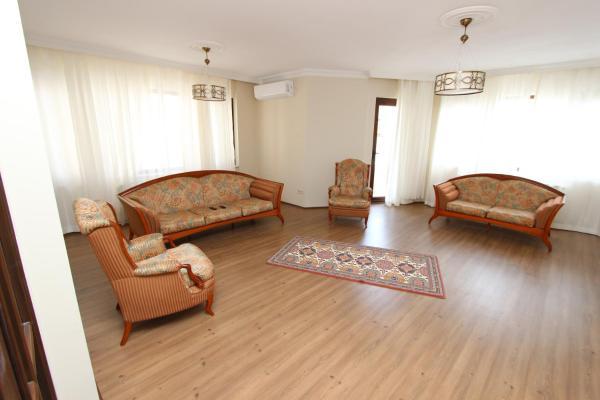 Duplex Apartment (6 Adults)