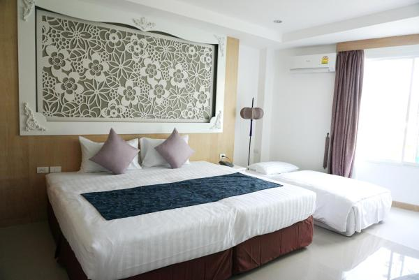 Grand Deluxe Double or Twin Room with Jacuzzi