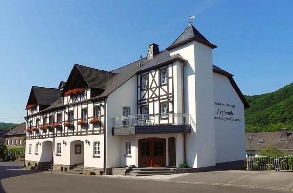 Hotel Pictures: Gästehaus Freimuth, Mesenich
