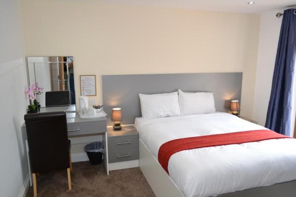Hotel Pictures: London Plus Heathrow B & B, Hounslow