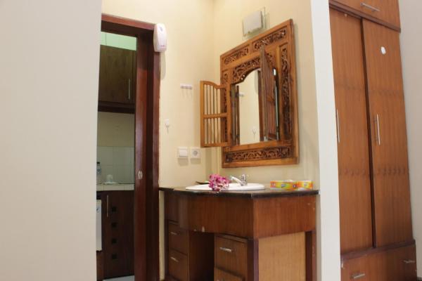 Фотографии отеля: De Dimmel Homestay, Джимбаран