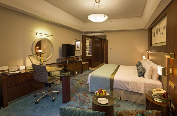 Deluxe Double or Twin Room with breakfasts