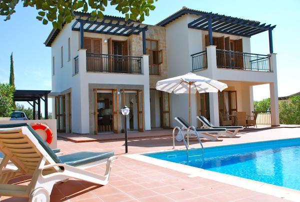 Hotel Pictures: Villa Althea - 143, Kouklia