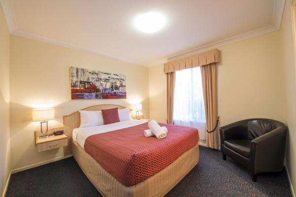 Hotel Pictures: Cotswold Motor Inn, Toowoomba