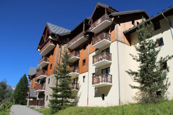 Hotel Pictures: Chalet du Thabor, Valfréjus