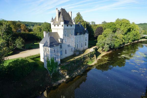 Hotel Pictures: Château de la Tour, Rivarennes