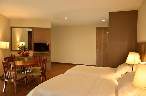 Superior Twin Room - River View