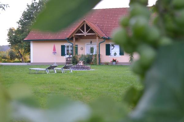 Foto Hotel: Gästehaus Taucher, Bad Blumau