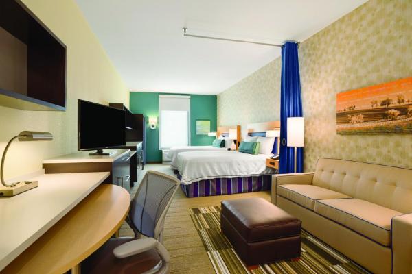 Queen Studio with Two Queen Beds