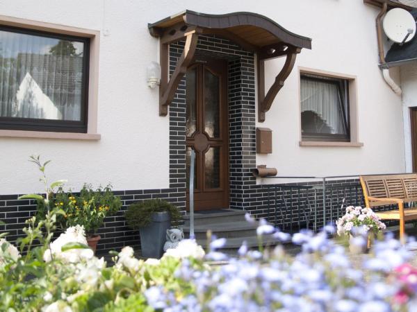 Hotelbilleder: Gästehaus Raths, Kelberg
