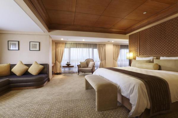 Aryaduta Suite