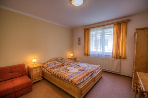 Double Room with Extra Bed - Disability Access