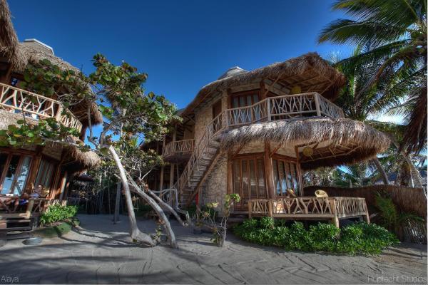 Retreat Oceanfront Suite