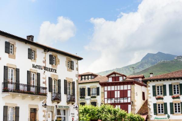 Hotel Pictures: Arraya - Chateaux et Hotels Collection, Sare
