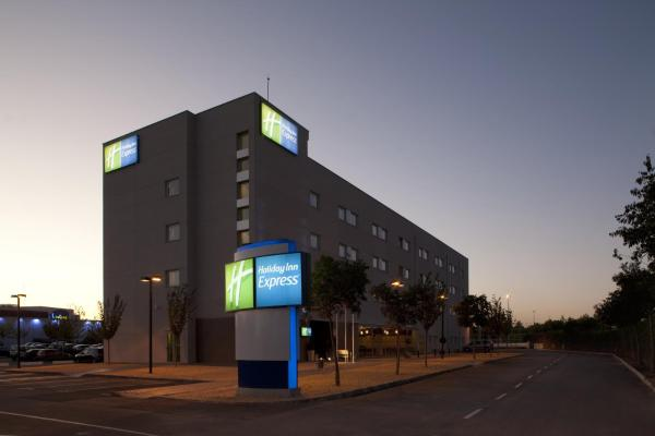 Hotel Pictures: Holiday Inn Express Madrid-Getafe, Getafe