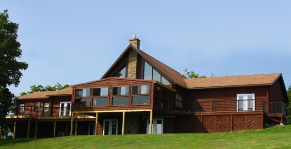 Hotel Pictures: Smith Rock Chalets, Scotsburn