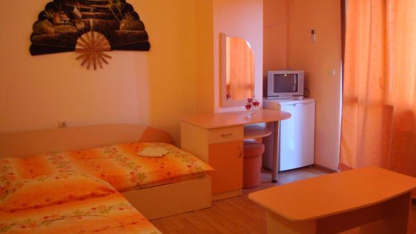 ホテル写真: Guest House Alberto, ラヴダ