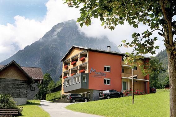 ホテル写真: Hotel Garni Madrisa, ブラント