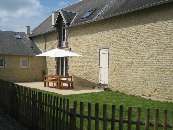 Hotel Pictures: La Ferme Du Château, Aignerville