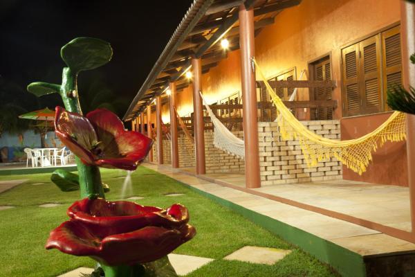 Hotel Pictures: Pousada dos Hibiscos, Beberibe