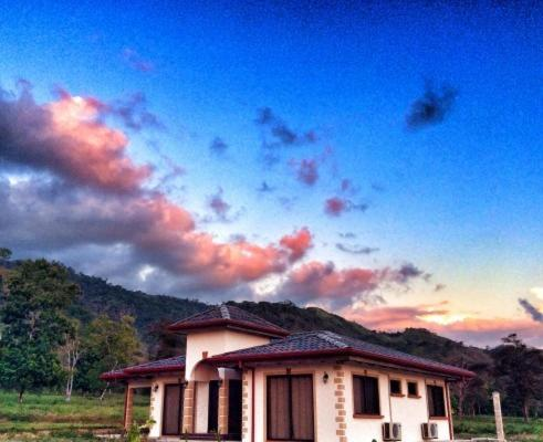 Hotel Pictures: Casa Tinamou, San Buenaventura