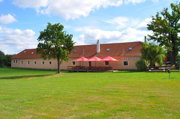 Hotel Pictures: Pension - Restaurant Bartochov, Kamenný Újezd