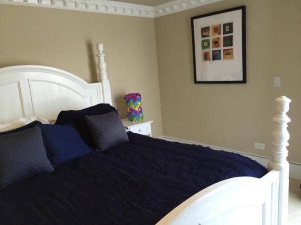 Seven-Bedroom House