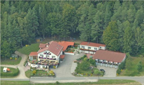 Hotel Pictures: Landhotel Waldesruh, Furth im Wald