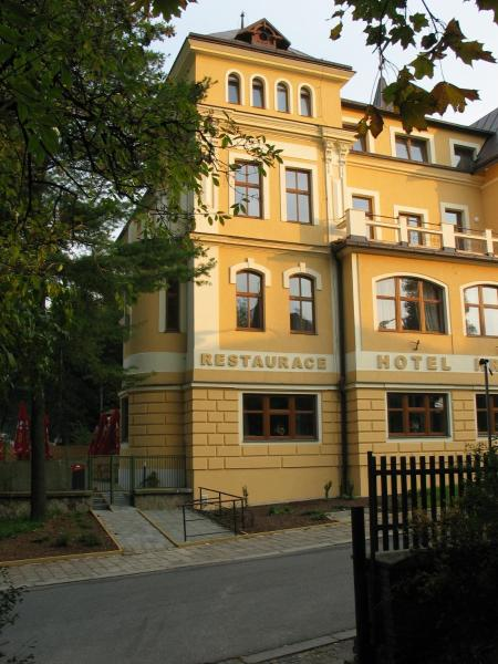 Hotel Pictures: Hotel Hron, Náchod