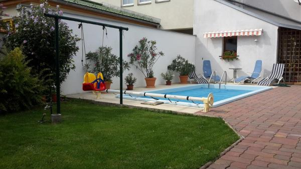 Zdjęcia hotelu: Landhaus zum Siebenschläfer, Herrnbaumgarten