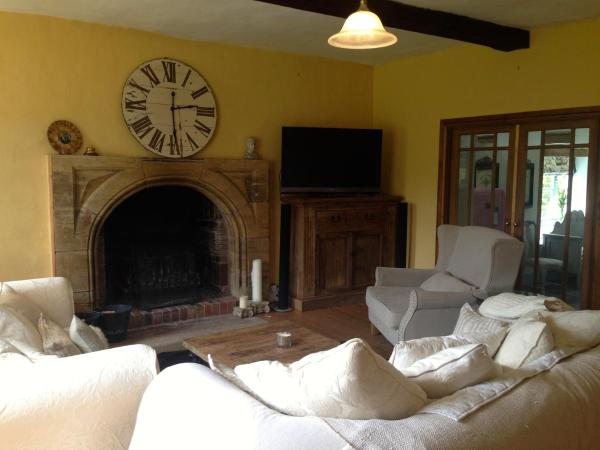 Hotel Pictures: The Farmhouse, Much Wenlock