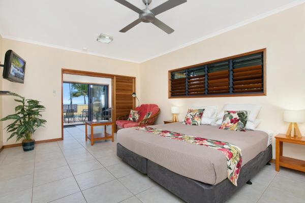 One-Bedroom Suite 1