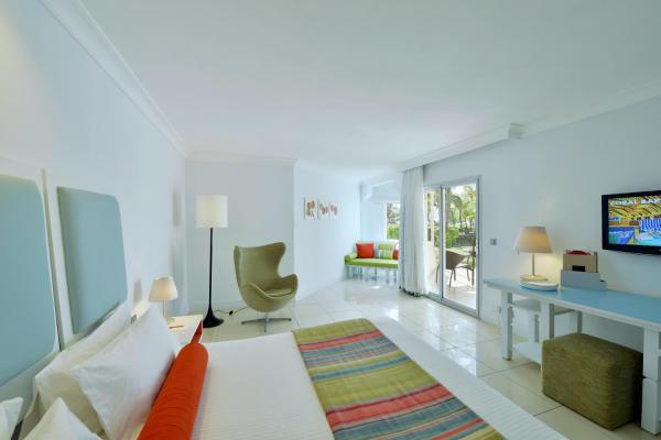 Deluxe Garden Room with Terrace or Balcony