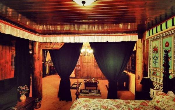 Tibetan-style Suite