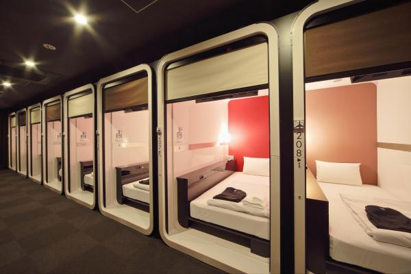 Standard Capsule Room for Male