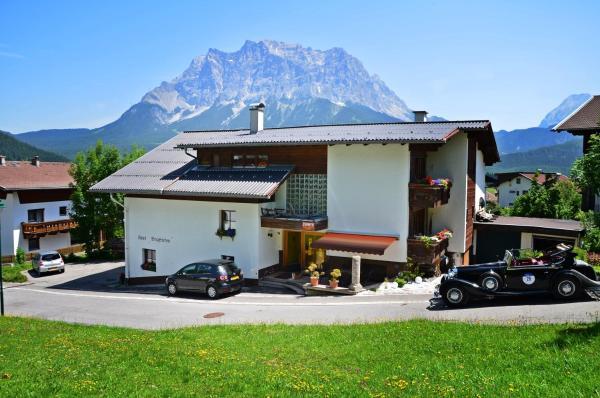 Hotelbilleder: Haus Bergfrieden, Lermoos
