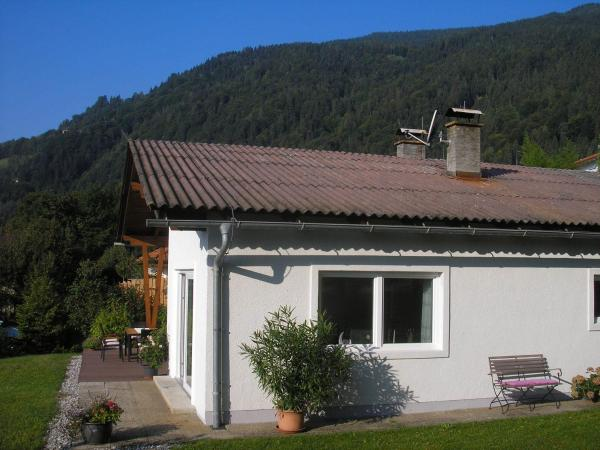 Foto Hotel: Bungalow Seeblick Ossiacher See, Bodensdorf